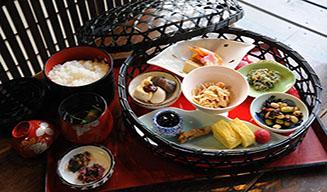 为什么要选花车日本料理加盟