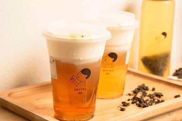 有谁知道喜茶是直营还是加盟么