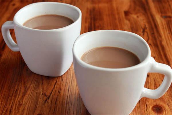 怎么加盟一点点奶茶加盟店