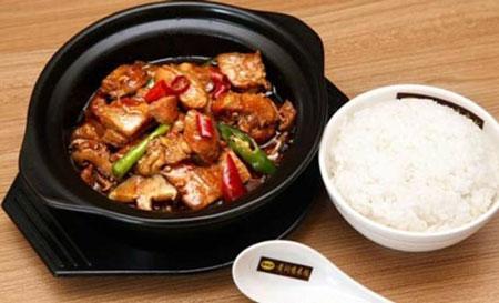 杨铭宇黄焖鸡米饭加盟有商机吗?